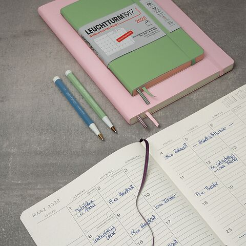 Monthly Planner with Notebook, German